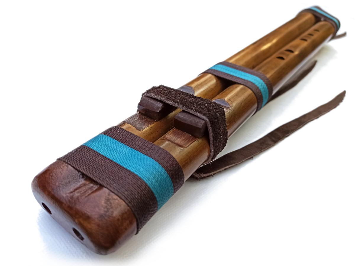 Flauta nativa de Ashar - River Cane Doble - La 3